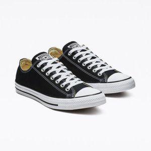 Converse All Stars Black size 6- New In Box